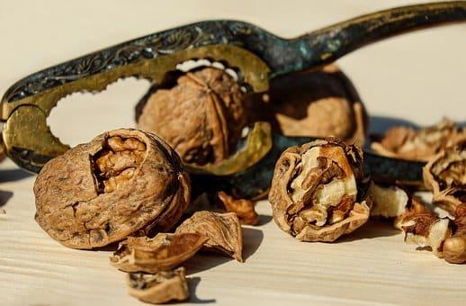 Bachbloesem Walnut
