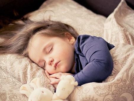 Heeft je kind slaapproblemen of bang in het donker