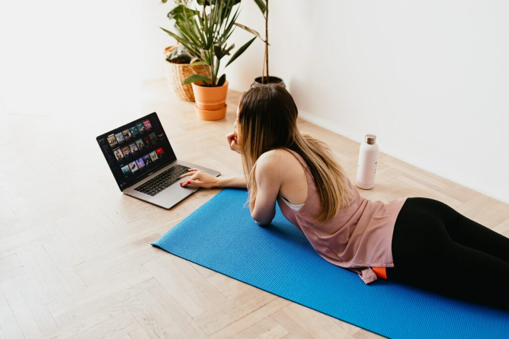 happy with yoga is het online yoga platform dat lijkt op netflix